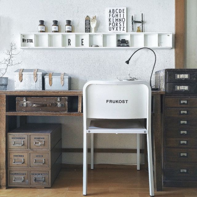 AKO.67さんの、My Desk,IKEA,白黒,モノトーン,HAY,カッティングシール,黒白,IGと同じPICについての部屋写真