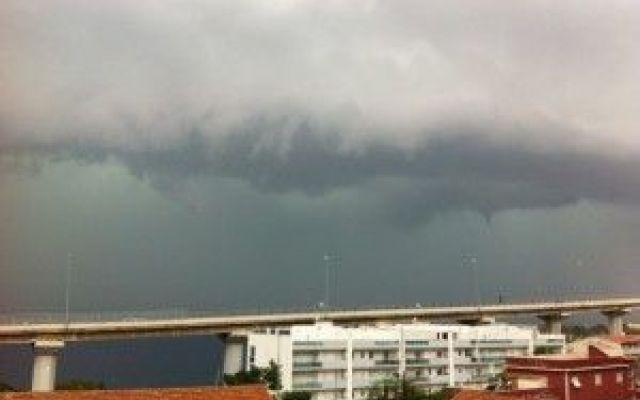 """Cosa Sono Le """"Bombe D'Acqua""""? Quali Le Cause? #bombeacqua #cause #pioggia"""