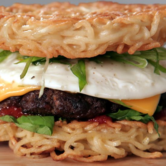 Ramen Noodle Burger Buns?!?!?!?! HELLSSSSS YES!!! POPSUGAR Shout Out: A Ramen Burger Recipe #ramen #noodle