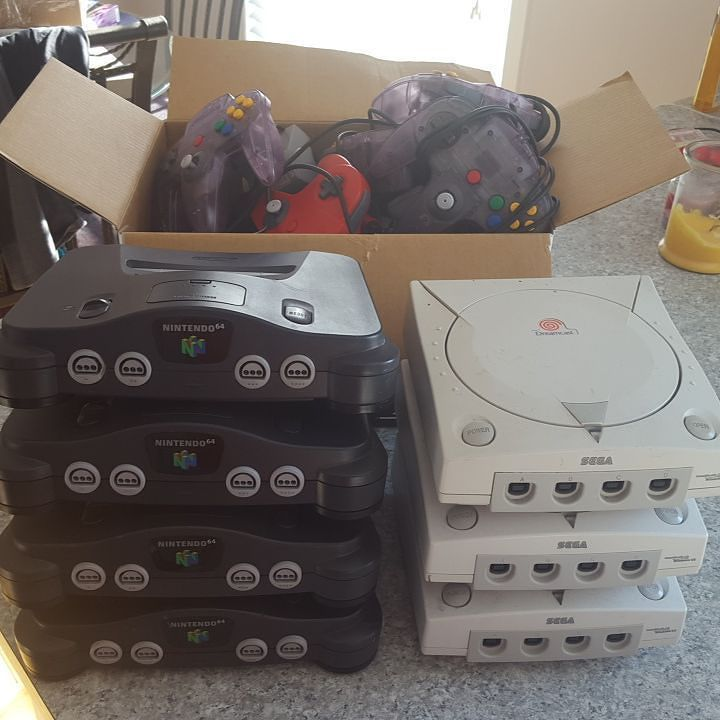 On instagram by cullen_retro_gaming #retrogames #microhobbit (o) http://ift.tt/1OulhuK Week. Spending an hour cleaning a few of my extra systems and controllers. Use for Trades or just sell locally to buy games I don't have :)  #sega #segalife ##segadreamcast #dreamcast #n64 #nintendo64 ##nintendoworld #ninstagram #nin10do #nintendolife #cleangame #retrocollectivecanada #retrocollective #vintagestyle #retroallday