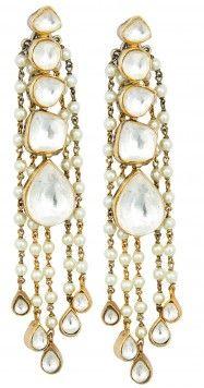 Vasundhara pearl earrings