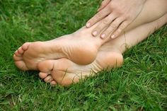 Traitement naturel contre la talalgie (douleur au talon)