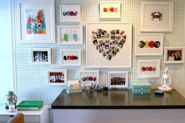How To Create An Art Gallery Wall | HEART OUT OF PICTURES