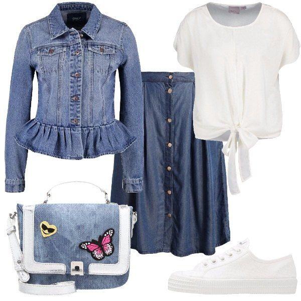 Outfit pensato per tutte le amanti del jeans formato da una gonna in lyocell, una giacca in cotone e una camicetta bianca. Il look si completa con un paio di sneakers bianche e una borsa a tracolla in fintapelle e poliestere con applicazioni.