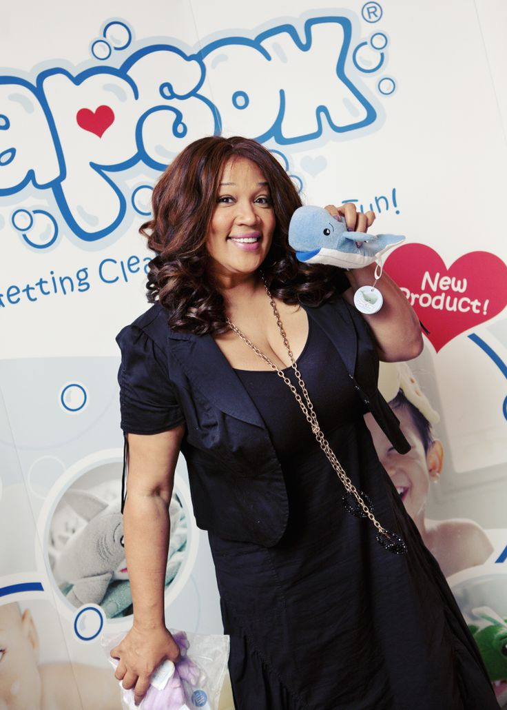 Kym Whitley and Jackson the Whale! Order Jackson now at www.soapsoxkids.com! #SoapSox #Celebrities #Whales