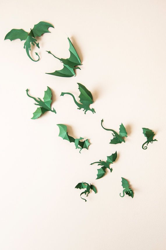 Game of Thrones a inspiré Dragon 3D Wall Art : silhouettes de dragon, fantasy, décoration, décoration neutre, vert émeraude
