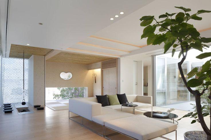 Mアーキテクツ|高級邸宅 豪邸 別荘 LUXURY HOUSES | M-architects の モダンデザインの リビング 和と洋の融合したLIVING