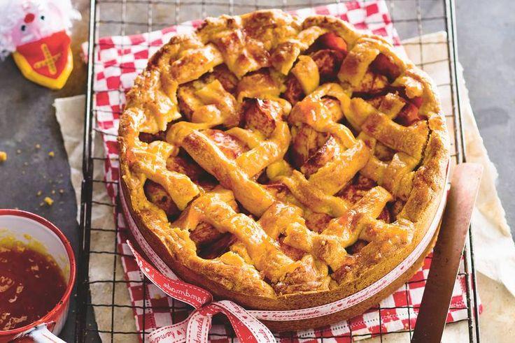 Een lekker en goed gevulde taart voor de koude wintermaanden - Recept - Allerhande