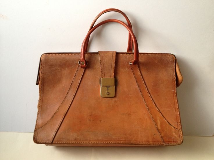FREE SHIPPING Vintage Brown Leather Satchel/ Vintage Leather Messenger/ Leather Briefcase/ Mens Briefcase/ Tan Leather Briefcase/ Laptop Bag by Tukvintage on Etsy