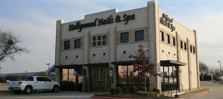 Hollywood Nails & Spa Frisco is a great place to enjoy being pampered as you relax. They will customize a treatment plan according to your needs and goals.