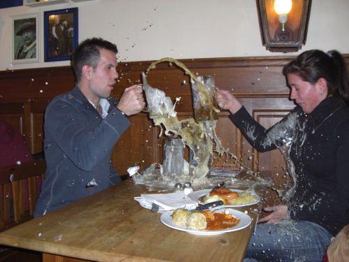 photo chin verre bierre cassé humour insolite