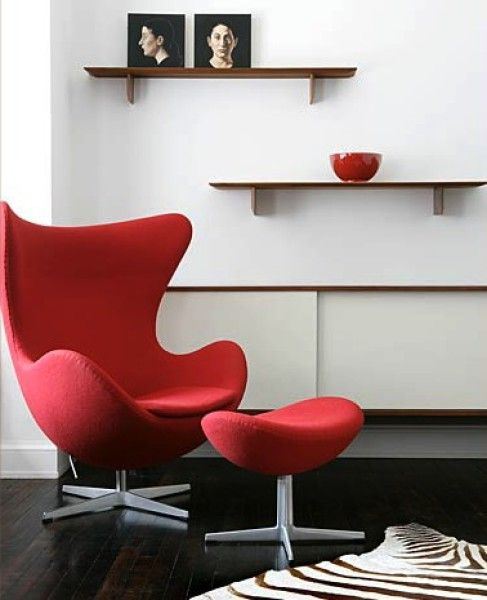 Arne Jacobsen chair featured in a Brad Ford design. #1stdibs #stylecompass