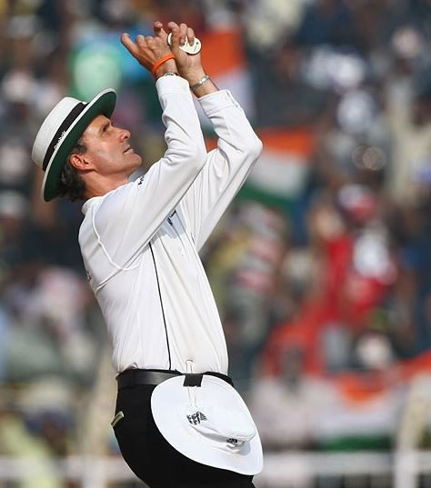 Top 10 Best Umpires in Cricket World 2015 http://www.sportyghost.com/top-10-best-umpires-cricket-world-2015/