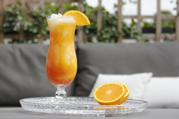 Het recept van de bekende zomerse cocktail: Sex on the Beach.