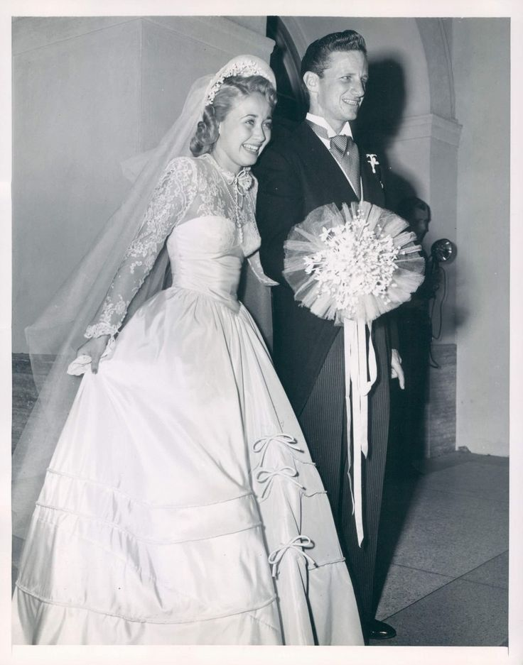 """Actress/Singer Jane Powell was married to  former figure skater Gearhardt """"Geary"""" Steffen 1949-1053. He was a former skating partner to Sonja Henie. This was her first marriage. She married her current (and 5th husband) former child star, Dickie Moore, in 1988."""