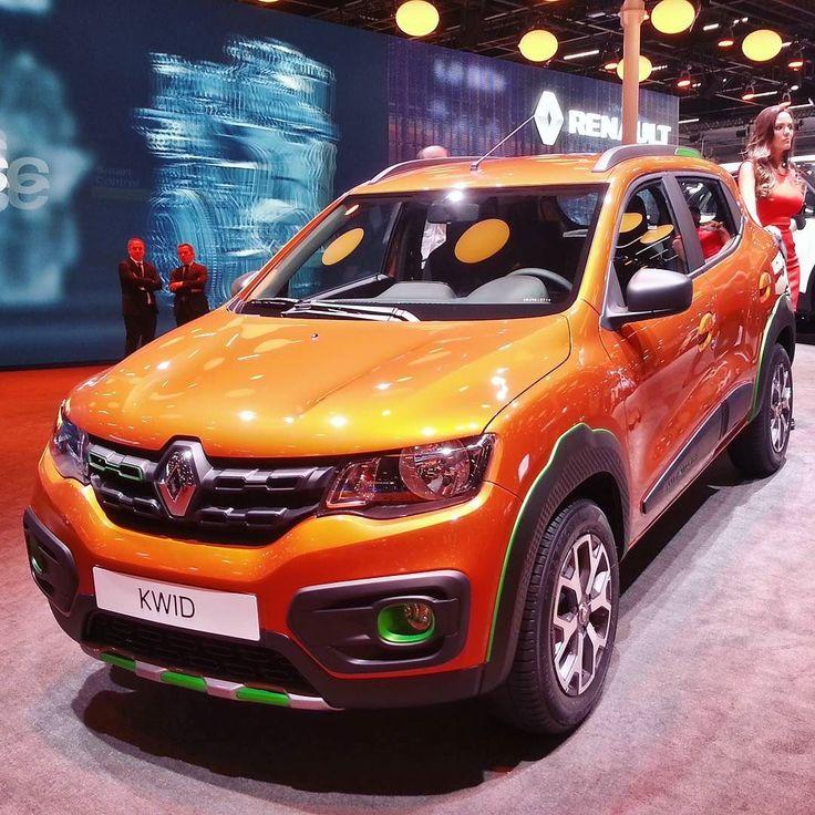 """Renault Kwid: carro chega em maio Marca francesa confirmou para 17 de maio início das vendas do Kwid quando os preços serão revelados. Um hotsite já faz o cadastro de clientes  interessados. A exemplo da Honda a Renault também flerta com uma categoria acima. O slogan do Kwid é: """"O SUV dos compactos""""  #CarroEsporteClube #renault #renaultkwid"""