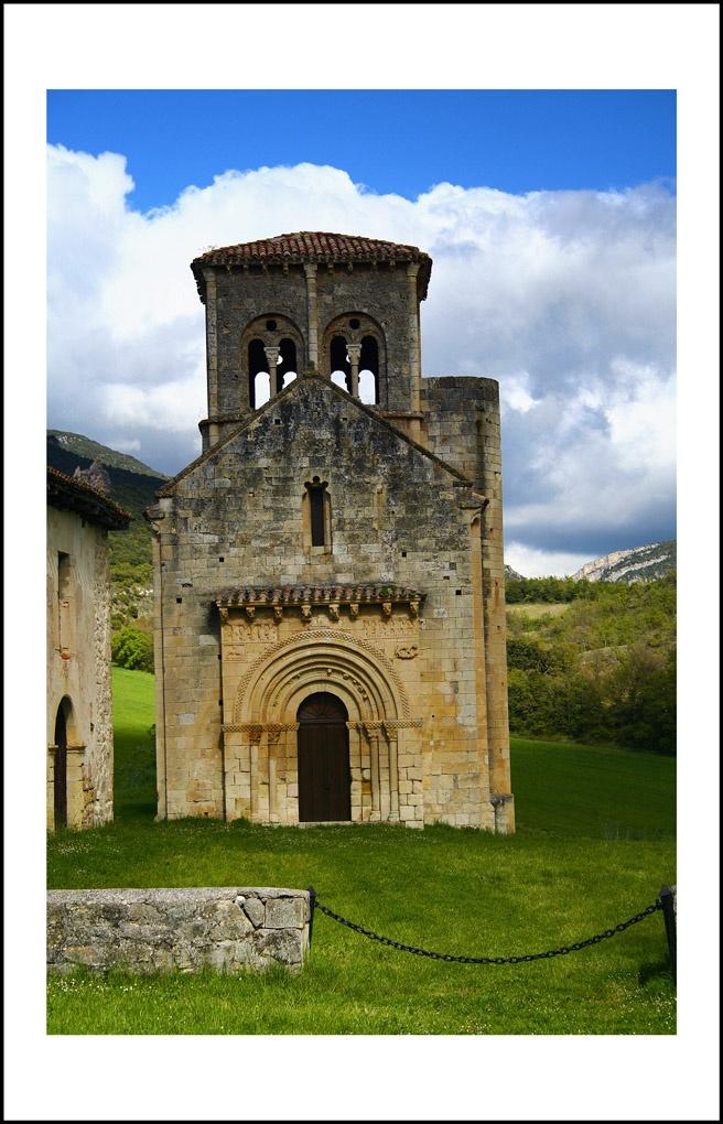 La ermita de San Pedro de Tejada es una ermita románica ubicada en la población de Puentearenas, en el municipio burgalés de la Merindad de Valdivielso. Se considera una de las obras de mayor importancia del arte románico en Burgos.