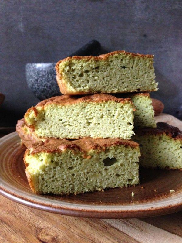 Wauw, wat een verrassend lekkere, luchtige cake! En met zeer weinig ingrediënten! Bovendien 100 meukvrij en voedzaam! dit heb je nodig: &