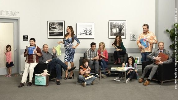 Mix of Colors and Patterns: Séries: Modern Family