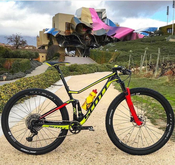 "223 curtidas, 2 comentários - LOVES SCOTT BIKES (@loves_scott_bikes) no Instagram: ""SCOTT Spark RC WC 2018 @guerrilla89 @buffscottmtb"""