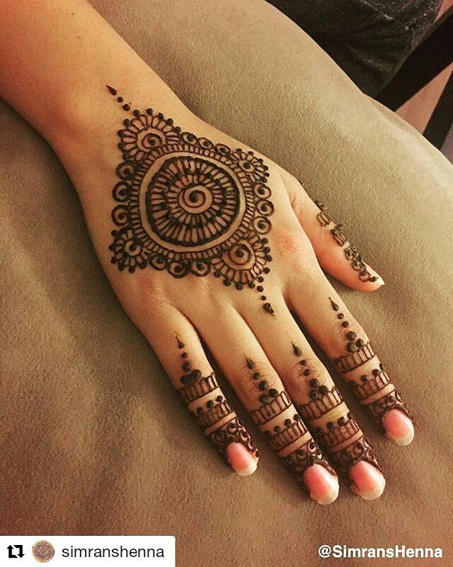 #follow@hennafamily #hennafamily #Repost @simranshenna  Mandalas  . #henna  #mendhi #hennatattoo #mendhitattoo #mendhidesign #hennadesign #hennaart #mendhiart #hennaartist #mendhiartist #hennaartis #torontohenna #torontohennaartist #gtahennaartist #hamiltonhennaartist  #beautifulhenna #hudabeauty #hennafamily #bridalhennaartist  #simranshenna #gtahenna #engagementhenna #simplehenna #hennalookbook