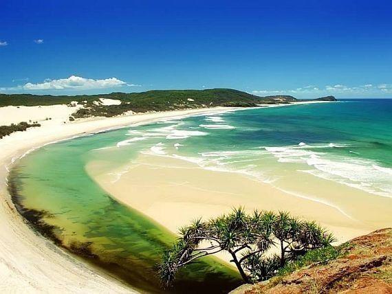 Фрейзер — песчаный остров у восточного побережья Австралии.