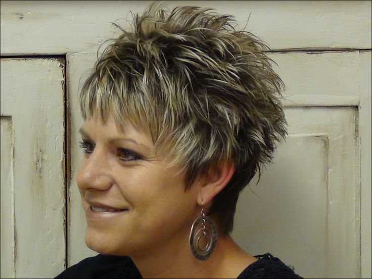 Short Spiky Haircuts for Round Faces