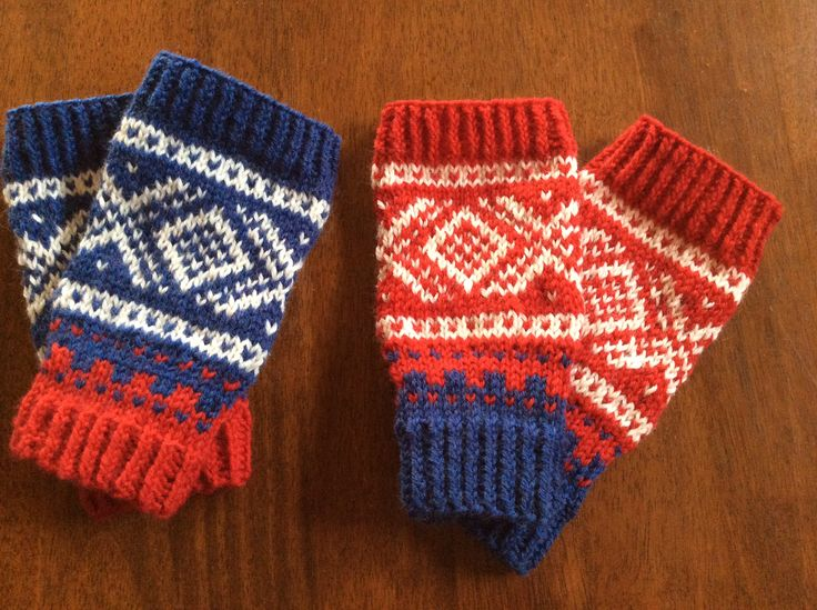 Norwegian knitting Perfect for cold hands and free fingers!
