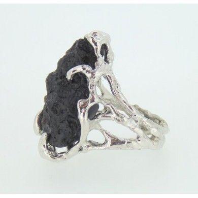Anello pezzo unico LInea Magma con pietra vulcanica