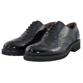Scarpa brogue - NeroGiardini Donna #donna #scarpe #francesina #brogue #black @NeroGiardini