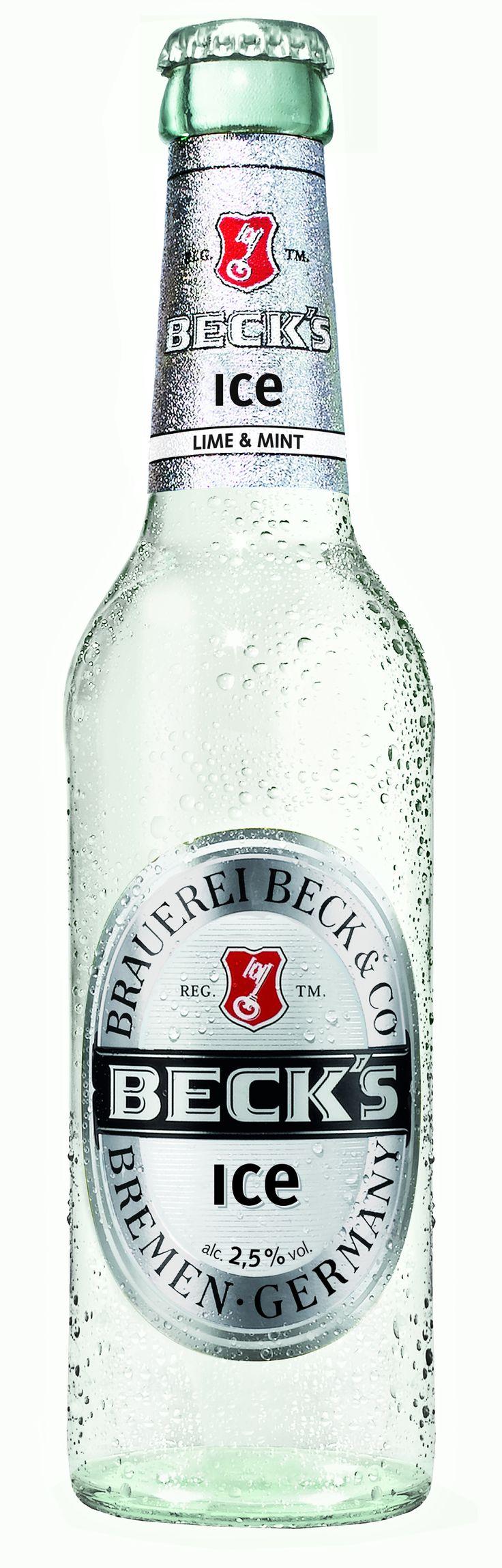 Découvrez la Bière Becks Ice 33cl avec son goût très rafraîchissant, fruité et acidulé de limette et de menthe dans un bouteille de 33cl au design inhabituel. Beck's Ice, la bière des étés torrides.