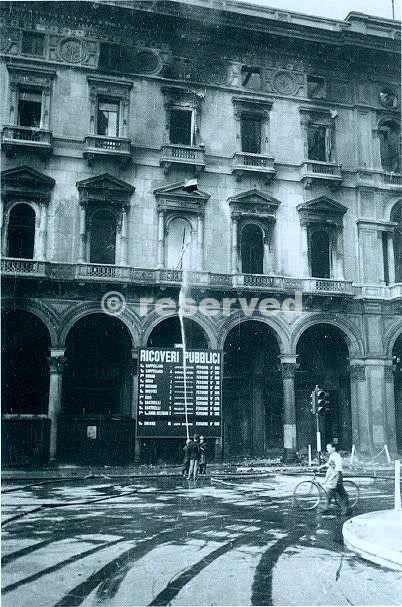 Elenco dei ricoveri pubblici rifugi in piazza Duomo agosto 43_ww2