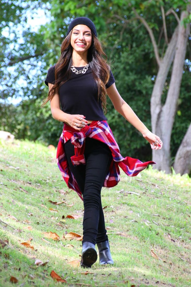 beanie and flannel fall lookbook fall outfits