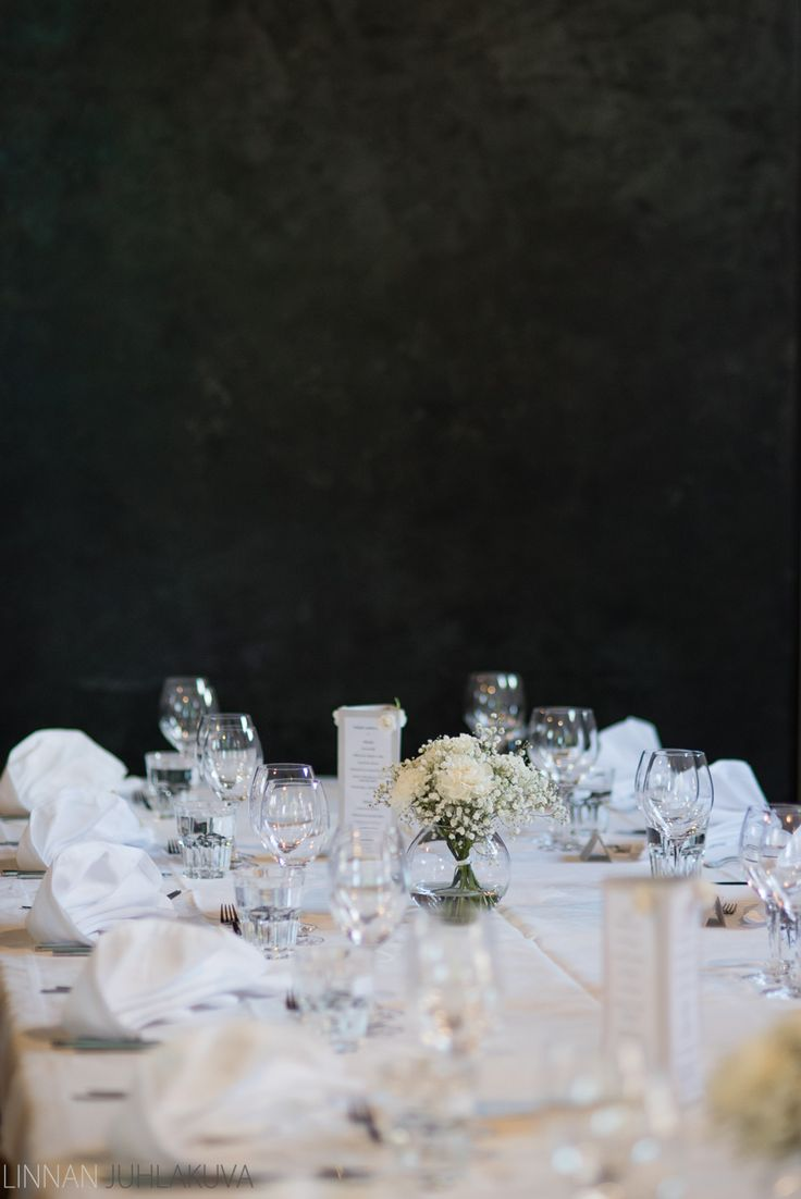 Hääkattaus. Wedding table decoration