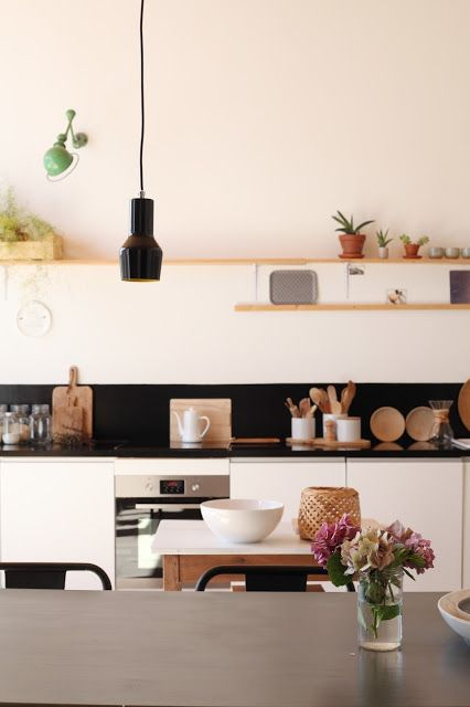 #interior #decor #styling #scandinavian #nordic #modern #kitchen #BW #black #white #shelves