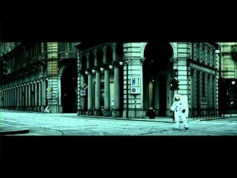 """NEGRAMARO - """"Sing-hiozzo"""" (videoclip ufficiale)"""