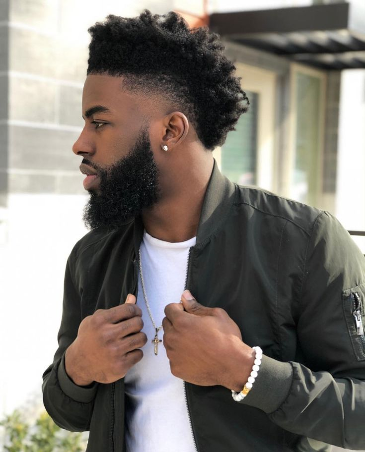 Image may contain: 1 person, beard and closeup Male Haircuts Curly, Black Men Haircuts, Black Men Hairstyles, Taper Fade Curly Hair, Black Curly Hair, Curly Hair Men, Mens Dreadlock Styles, Dreadlock Hairstyles For Men, Hair And Beard Styles