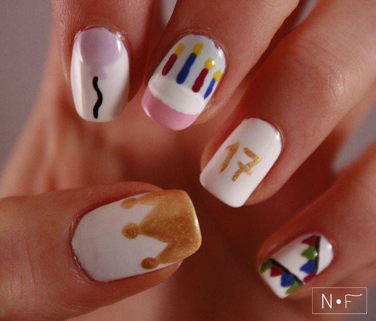 Mejores 14 imágenes de Emoji nails art en Pinterest | Emoticono de ...