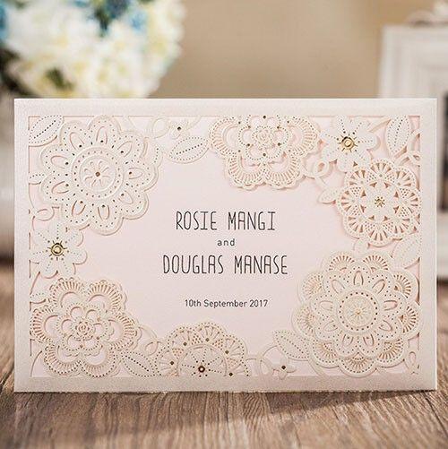 """Invitación """"Nice Nice""""Hermosa invitación para boda o Xv años #moderna #corte #láser#flores#dorado#gold#ondinecollection #coleresvivos #cdmx"""