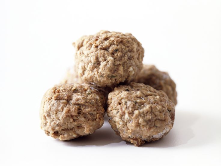 Frozen Meatballs : Who doesn't love meatballs? Tuck them into miniature buns for sliders, fold them into pizza dough for calzones, add them to a hearty veggie soup or serve them with toothpicks and a couple of dipping sauces (the cheesier the better).
