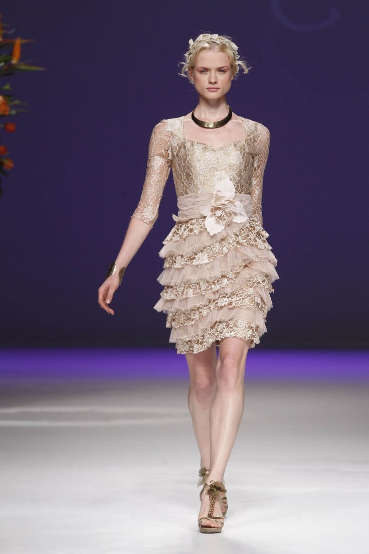 13 best Colección PV 2013 images on Pinterest | Beige, Evening gowns ...