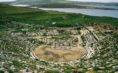 The ancient theater of Delos reopened after 2000 years with the play 'Ekavi'