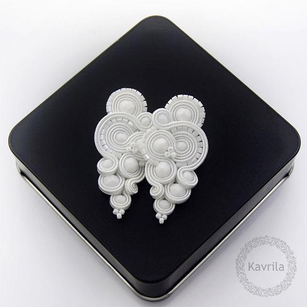 Reniro white soutache - kolczyki ślubne sutasz KAVRILA #sutasz #kolczyki #ślubne #białe #rękodzieło #soutache #handmade #earrings #wedding #white #kavrila #naślub