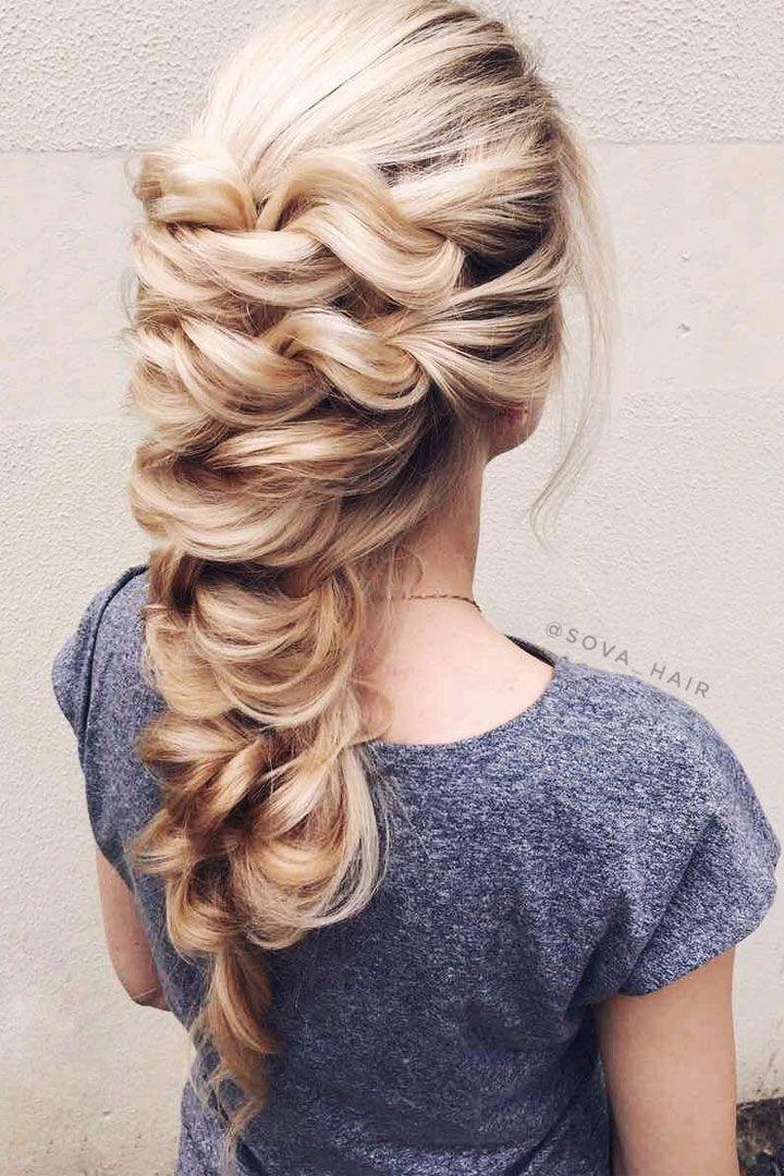 unique wedding hairstyle idea for long hair #weddinghair #hairideas #hairstyle #hairstyles #longhair #bridalhair