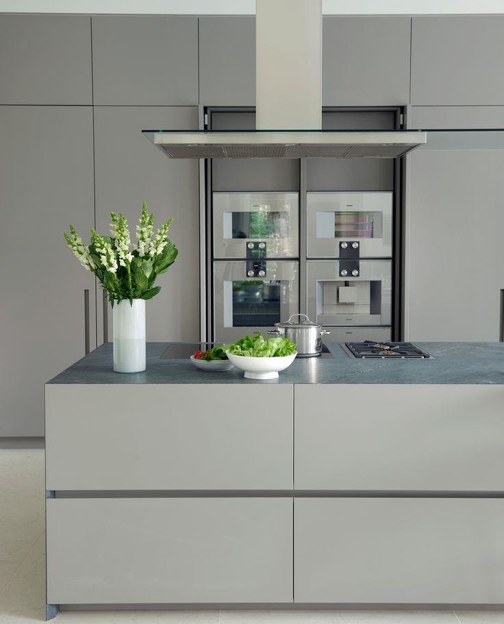 Best 25 italian bathroom ideas on pinterest for Ultra modern italian kitchen design