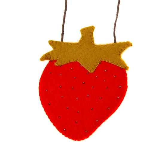 £7.00 Sweet strawberry felt shoulder bag, handmade in Nepal.  See more... http://www.thefairtradestore.co.uk/fair-trade-children-s-gifts/sweet-strawberry-felt-shoulder-bag/prod_224.html  #Fairtrade #Felt #Bag #Children #Strawberry