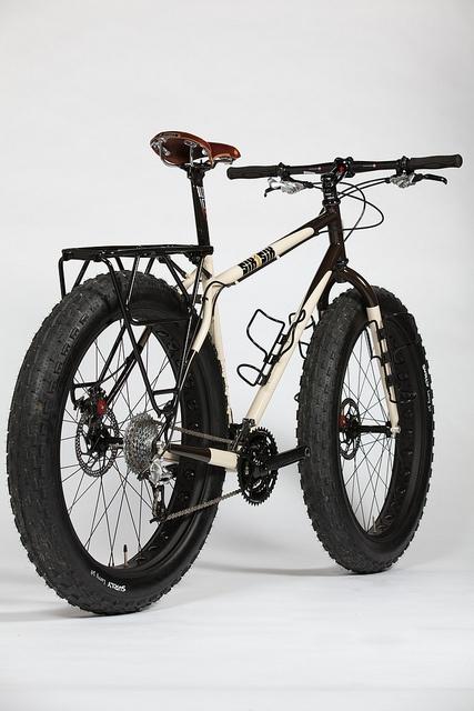 bulletproof tires, nice saddle