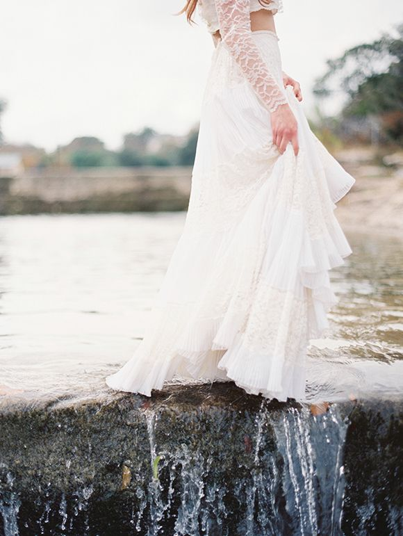 River Queen shoot by Taylor Lord. This whole shoot is a dream.