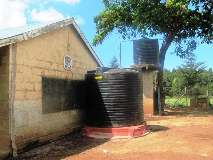 Thanks to generous donations to The Happy Africa Foundation, we were able to install a brand new water tank at Mukeu School for Special Needs, where African Impact volunteers assist each week.