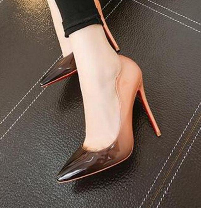 2016 taglia 40 41 42 donne della ragazza borchie e spuntoni super-tacchi alti matrimonio vino multicolore scarpe tacchi donna pompe(China (Mainland))